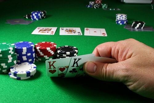 Best Way to Play Texas Hold'em USA