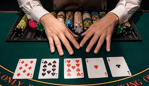bermain poker berjam-jam